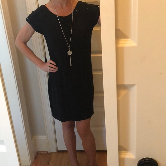 Banana Republic Dresses & Skirts - Black shift dress